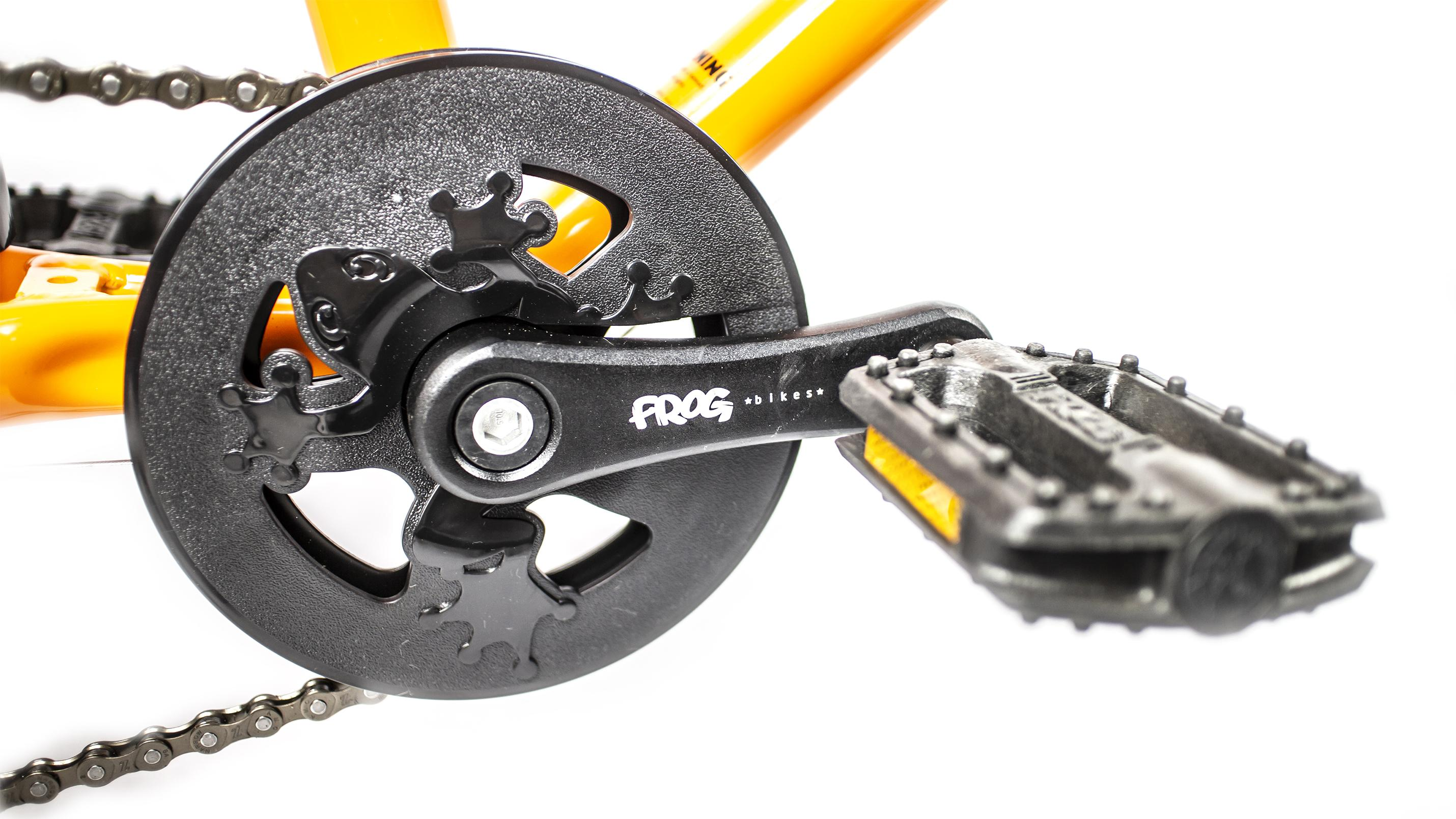 close up image of the crank and chainset on a childs frog bike